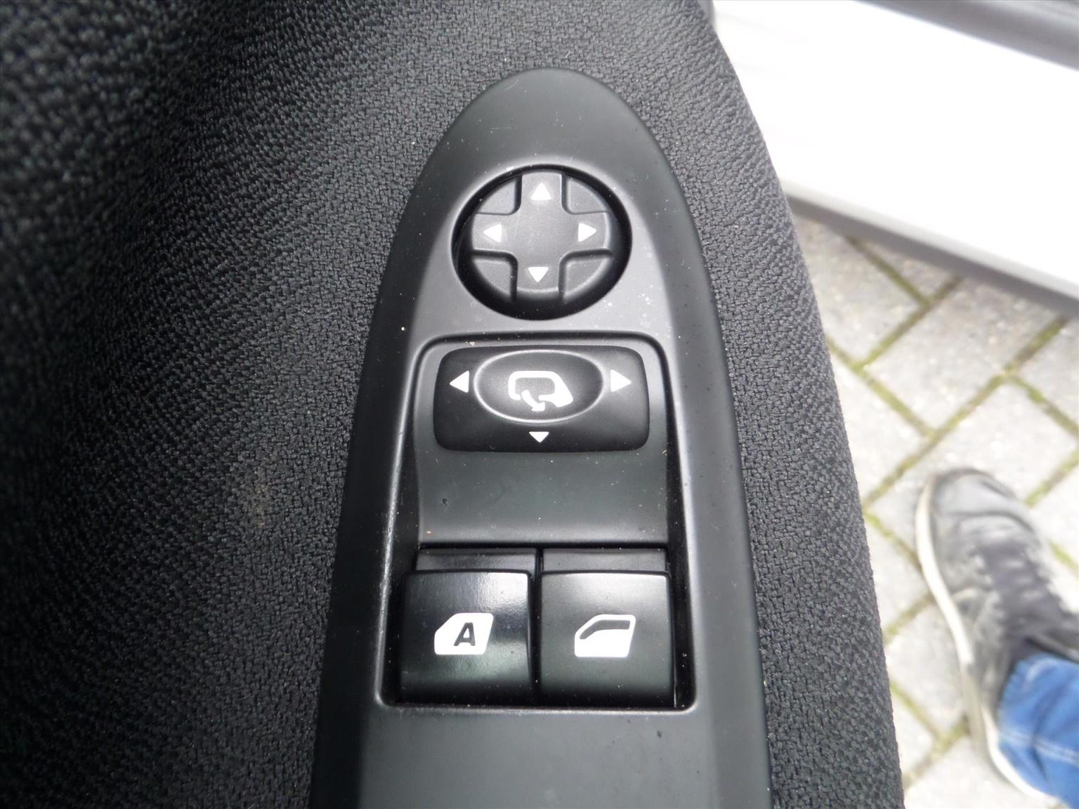 Citroën-DS3-9